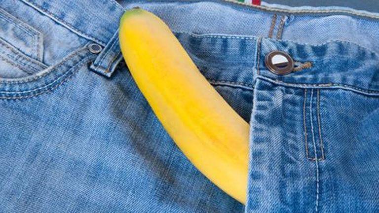 az erekció növeli a pénisz méretét)