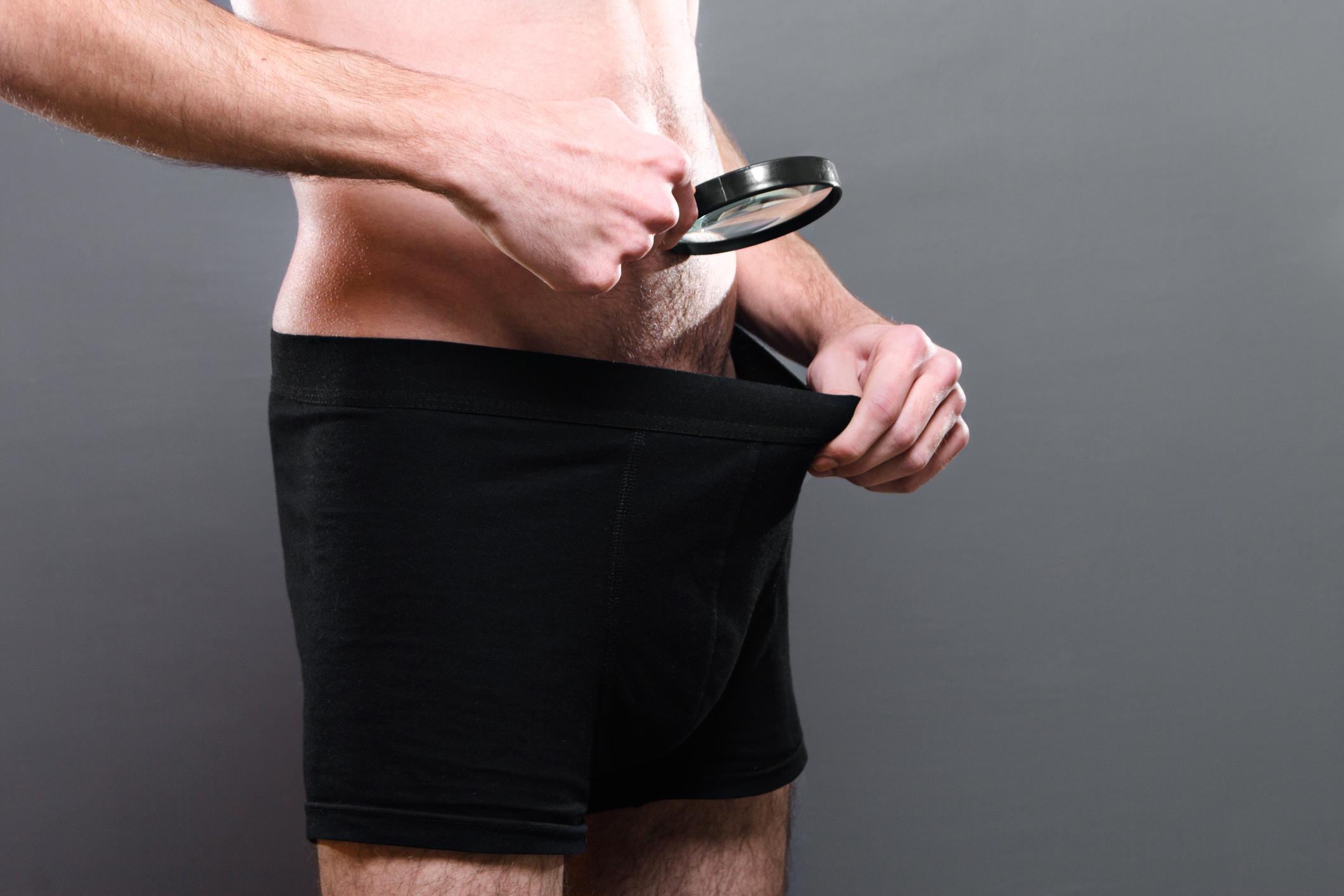 miért van a srácnak kicsi a pénisz