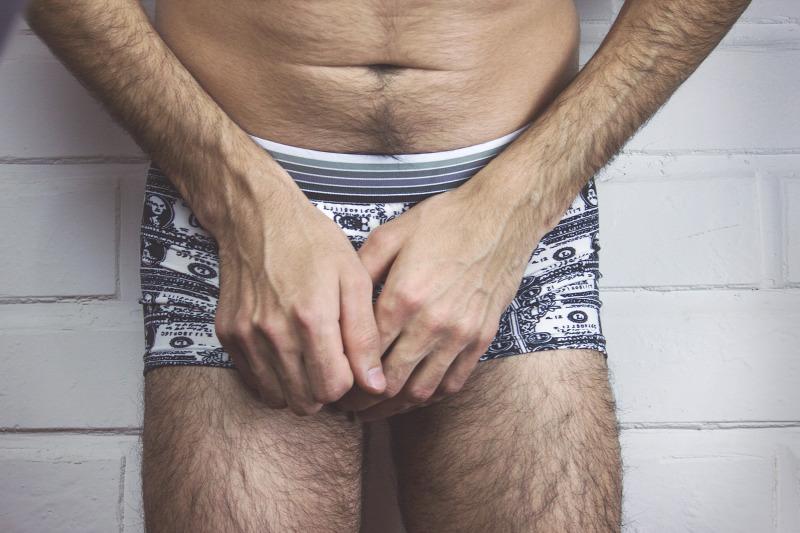 pénisz növeli az erekciót