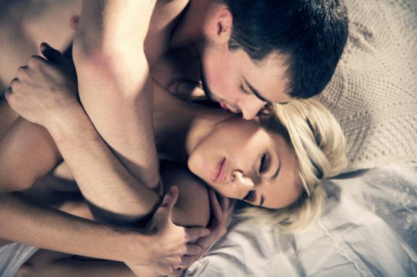mi történik erekciós nőknél