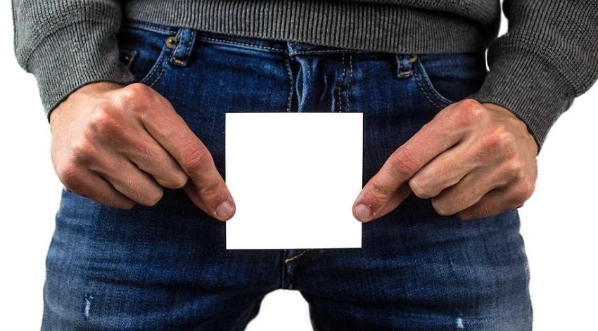 a férfiasság átlagos mérete erekcióval)