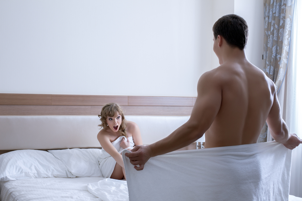 férfi pénisz izgatott férfi hímvesszők alakja